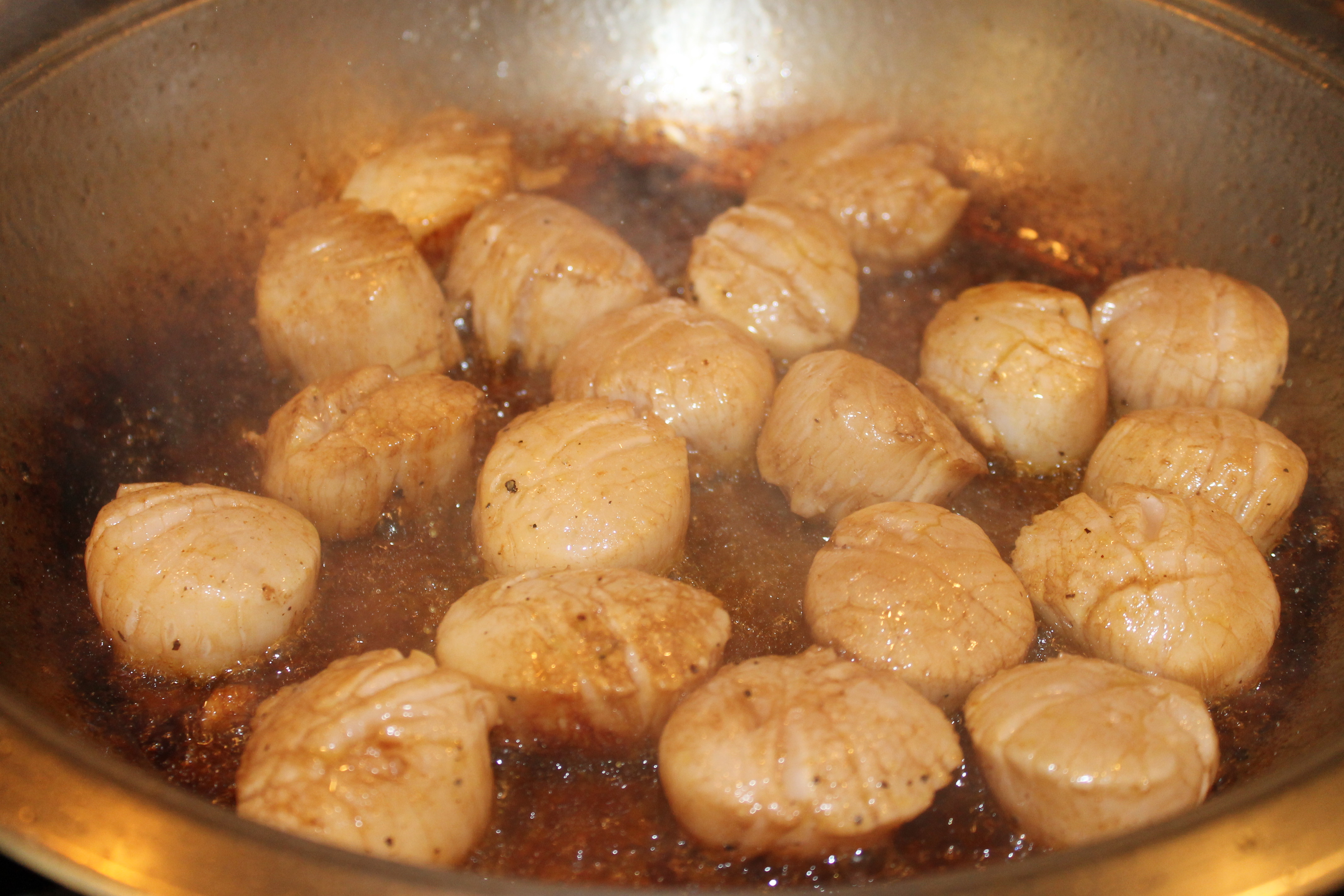 how to cook scallops in a frying pan